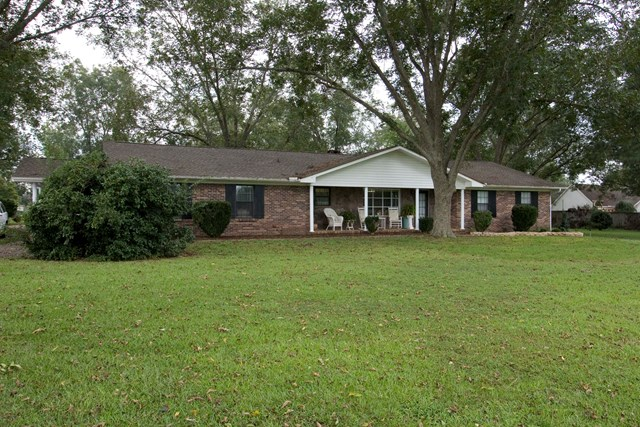 AMP Realty  LLC  New  625 N Bay Springs Rd   Dothan  AL  36303 Primary  Photo. Choctawhatchee Hills Real Estate   Homes for Sale in