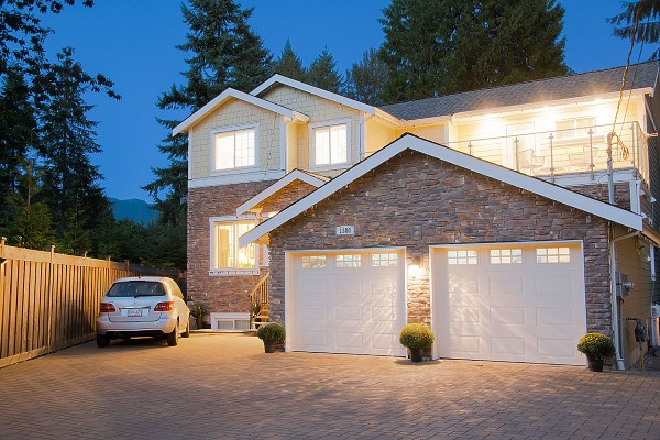 1300 MOUNTAIN HIGHWAY, North Vancouver, BC, V7J 2M1 Photo 1