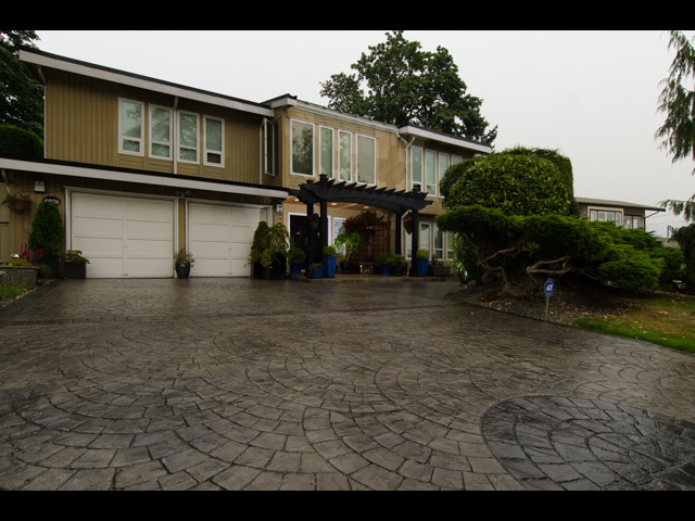 4078 DOLLAR ROAD, North Vancouver, BC, V7G 1Z6 Photo 1