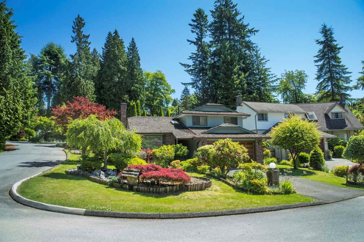 1431 FINTRY PLACE, North Vancouver, BC, V7R 4M2 Photo 1