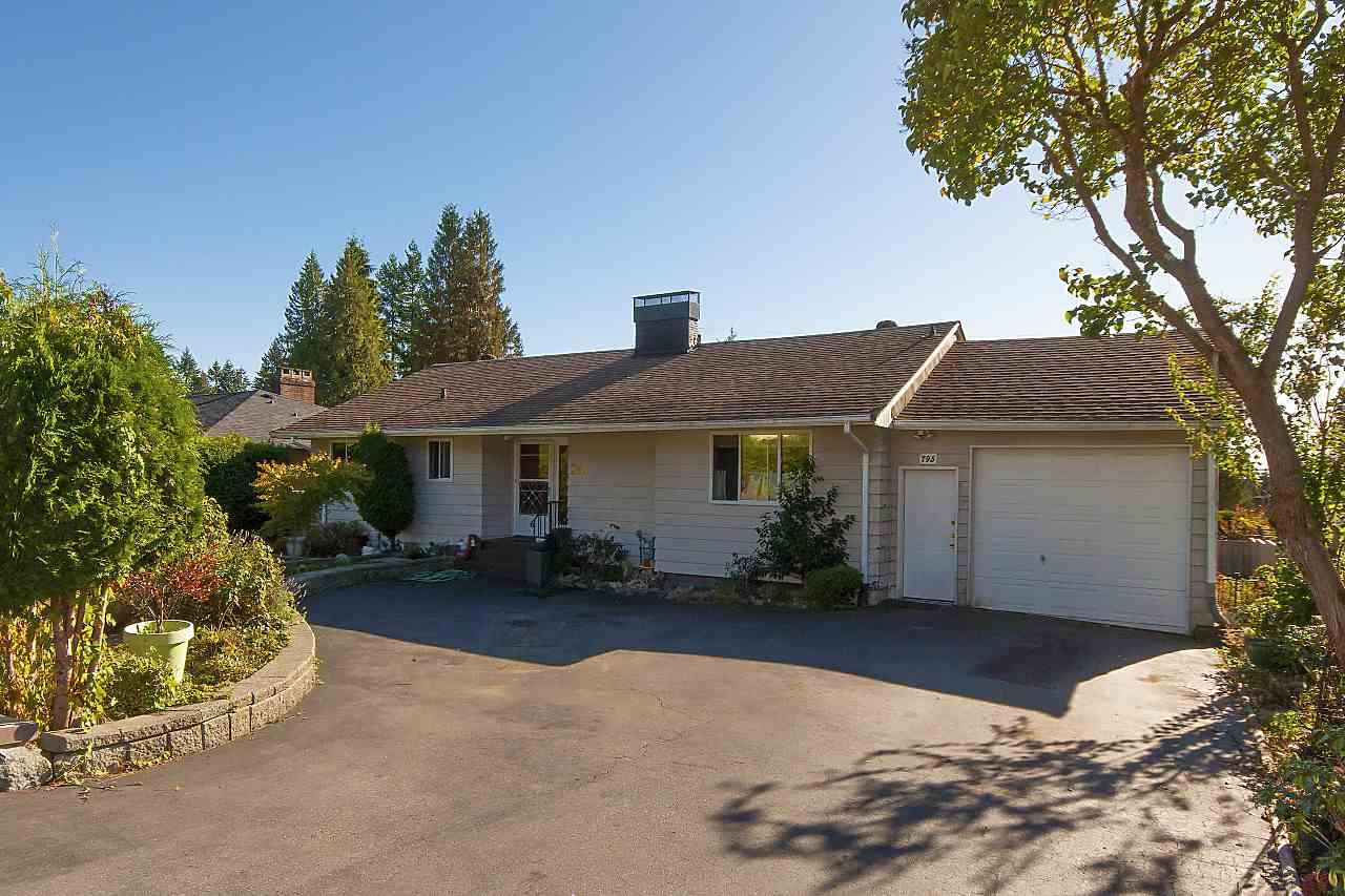 795 DONEGAL PLACE, North Vancouver, BC, V7N 2X8 Photo 1