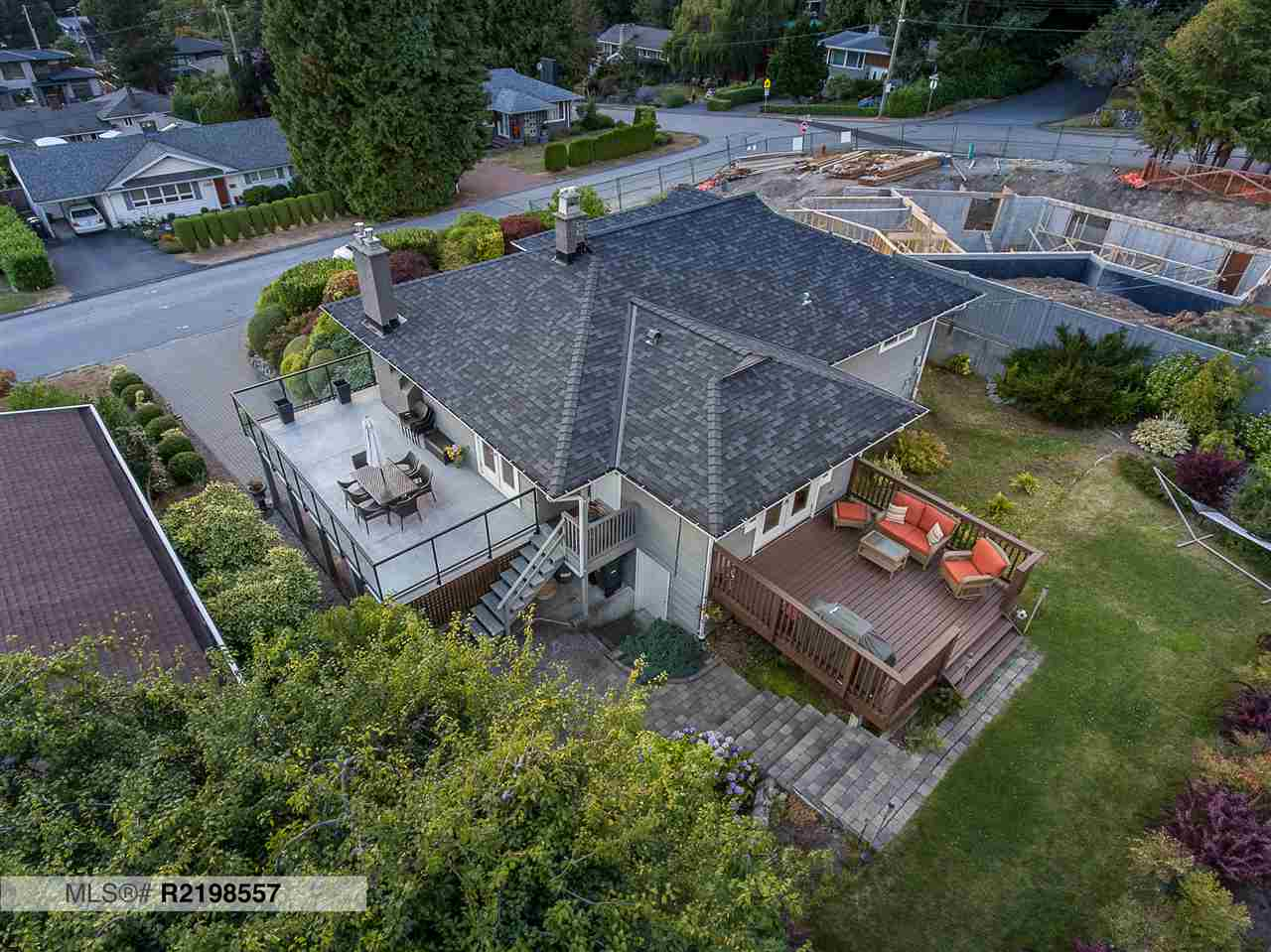 4484 CANTERBURY CRESCENT, North Vancouver, BC, V7R 3N6 Photo 1