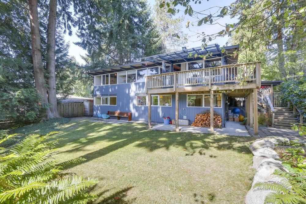 547 W ST. JAMES ROAD, North Vancouver, BC, V7N 2P6 Photo 1