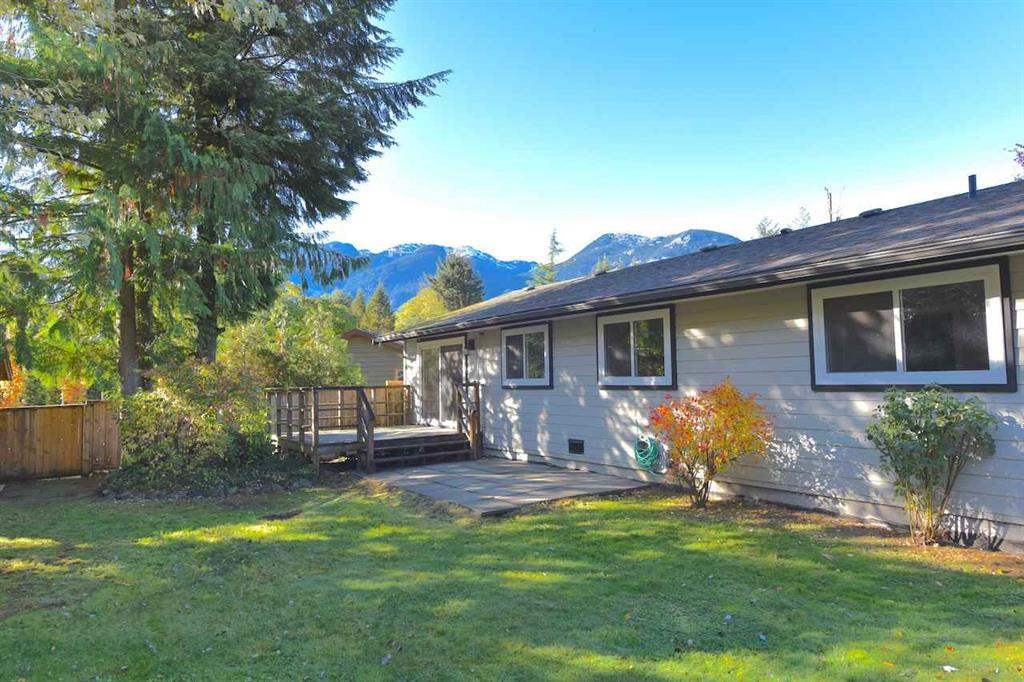 38028 GUILFORD DRIVE, Squamish, BC, V8B 0X5 Primary Photo