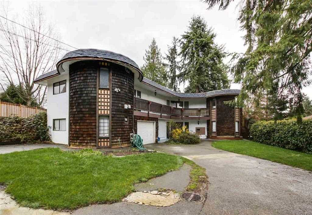1290 MOUNTAIN HIGHWAY, North Vancouver, BC, V7J 2M1 Photo 1