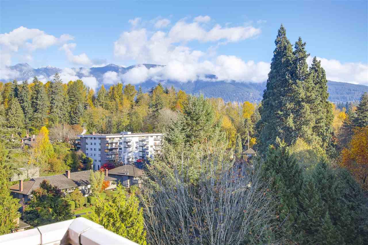1204 2016 FULLERTON AVENUE, North Vancouver, BC, V7P 3E6 Photo 1