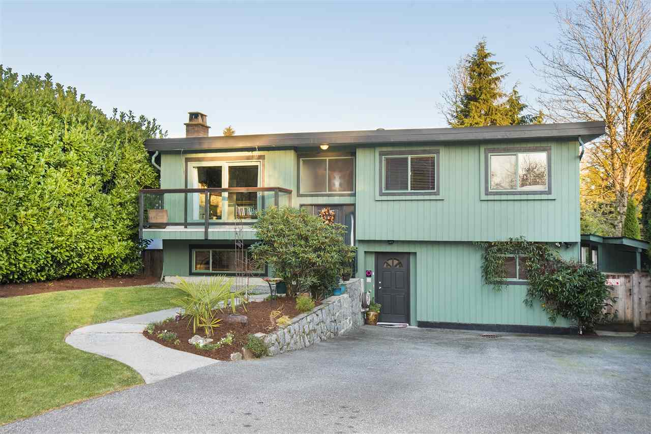 312 FAIRWAY DRIVE, North Vancouver, BC, V7G 1Y6 Photo 1