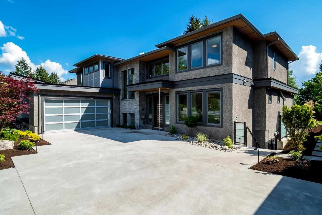 2767 CRESCENTVIEW DRIVE, North Vancouver, BC, V7R 2V2 Photo 1