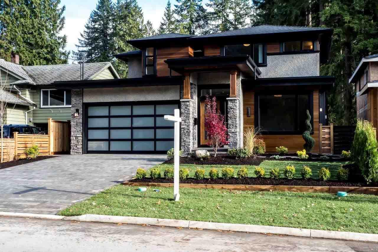 4064 HOSKINS ROAD, North Vancouver, BC, V7K 2P3 Photo 1