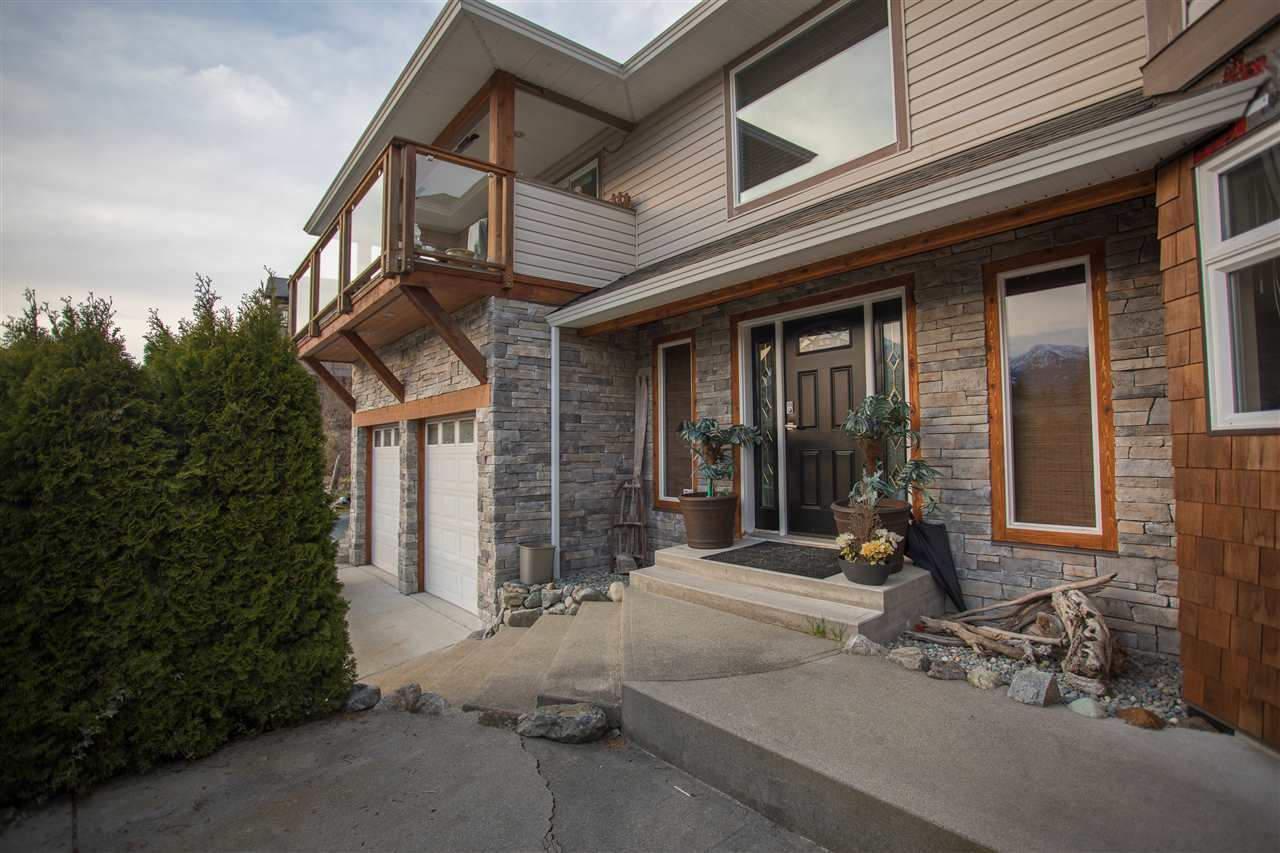 1061 GLACIER VIEW DRIVE, Squamish, BC, V0N 1T0 Photo 1