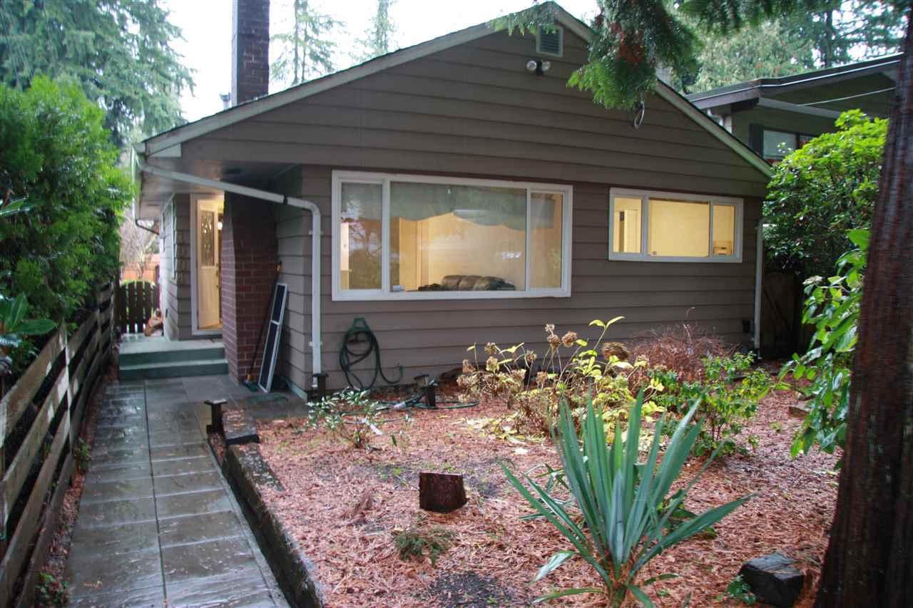 1904 GARDEN AVENUE, North Vancouver, BC, V7P 3A8 Photo 1