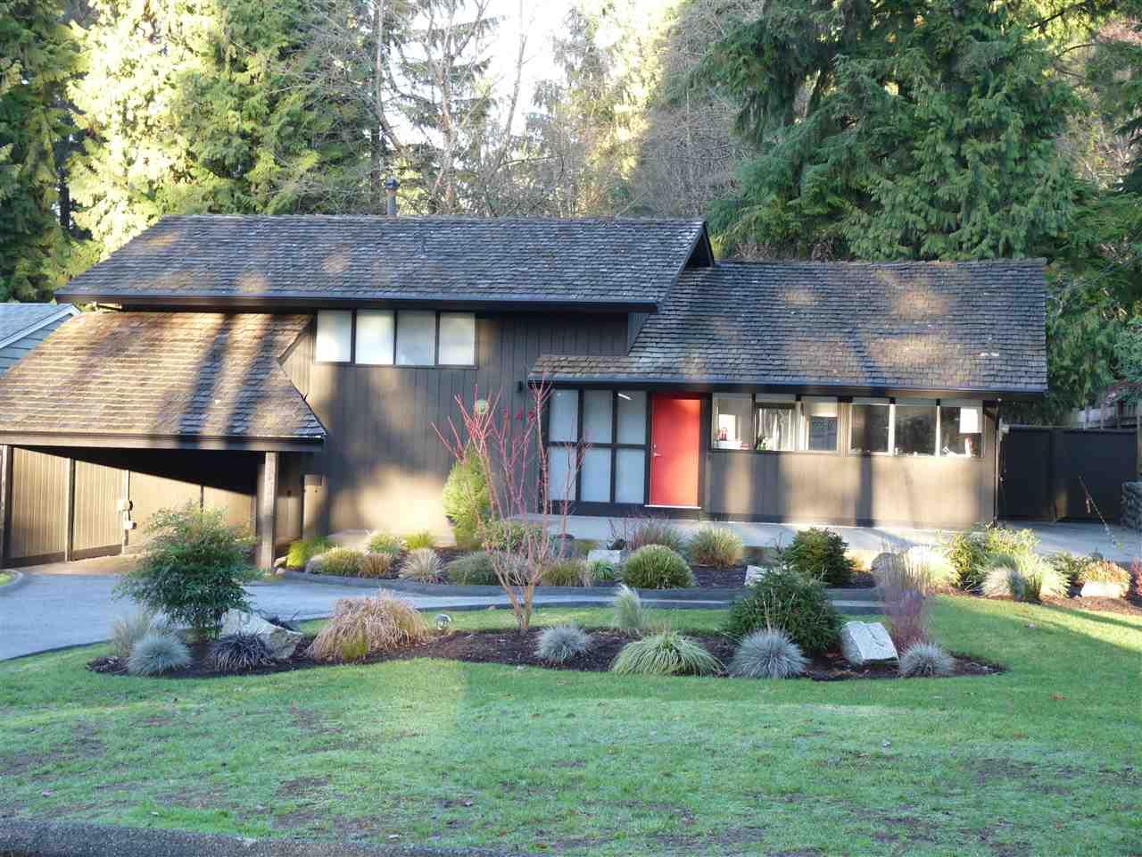 542 W ST. JAMES ROAD, North Vancouver, BC, V7N 2P7 Photo 1
