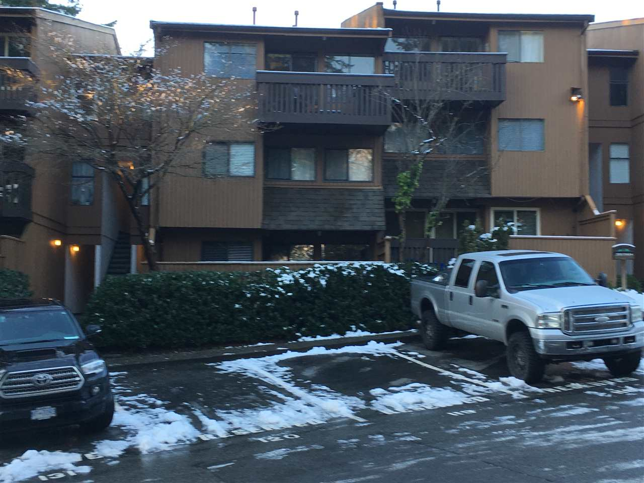 2062 PURCELL WAY, North Vancouver, BC, V7J 3K3 Photo 1