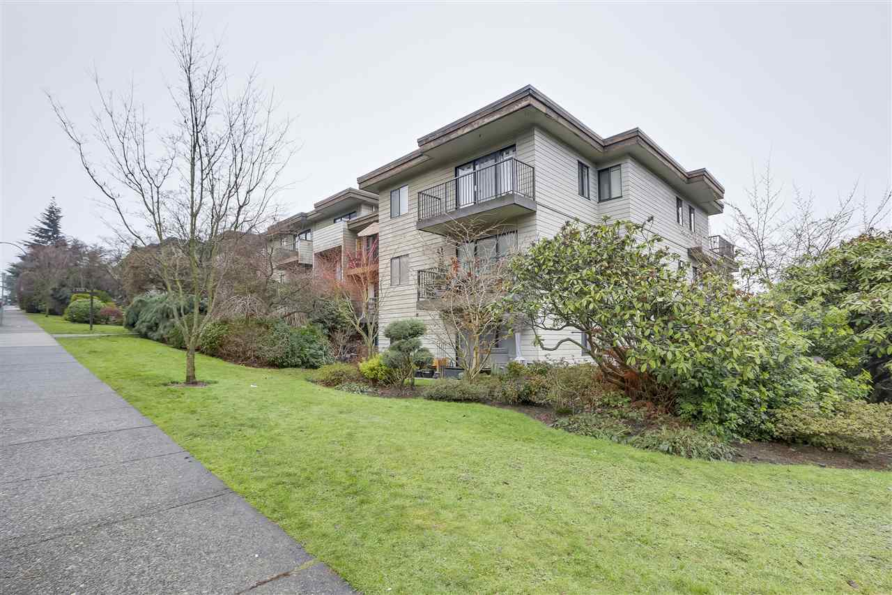 213 2125 W 2ND AVENUE, Vancouver, BC, V6K 1H7 Primary Photo