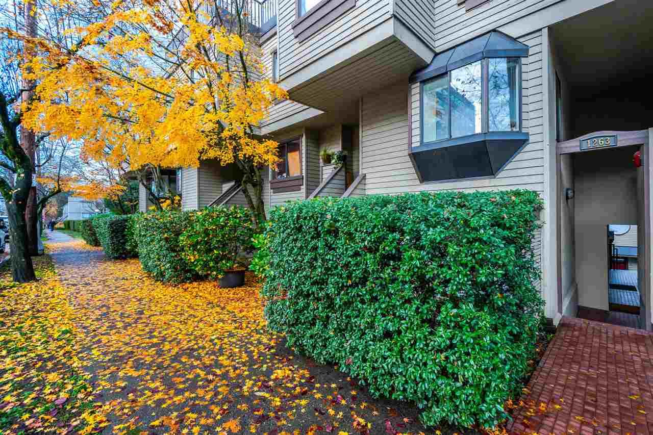 10 1263 W 8TH AVENUE, Vancouver, BC, V6H 1C7 Primary Photo