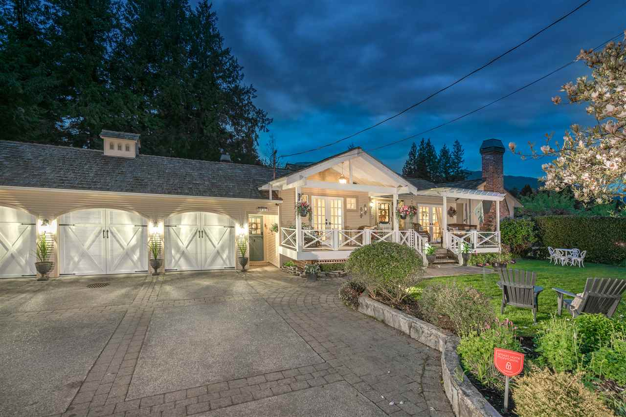 4953 WATER LANE, West Vancouver, BC, V7W 1K4 Photo 1
