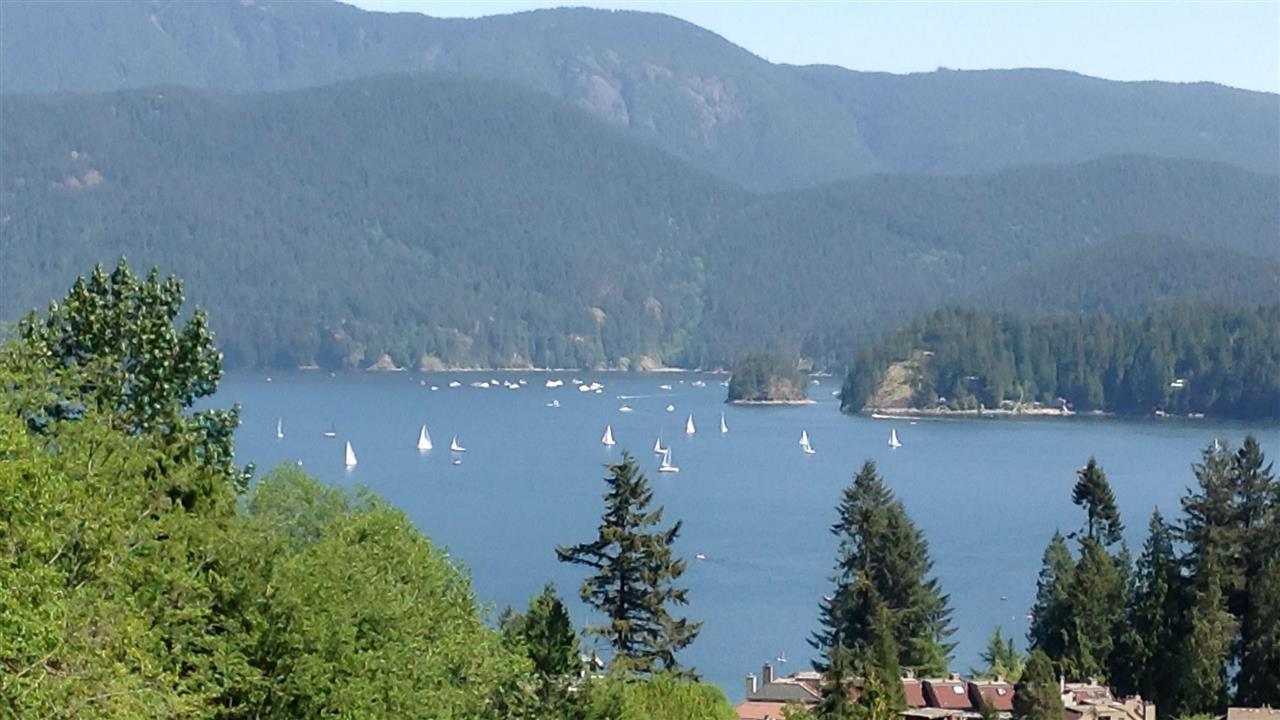 2095 CLIFFWOOD DRIVE, North Vancouver, BC, V7G 1S1 Photo 1