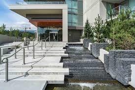 2107 1550 FERN STREET, North Vancouver, BC, V7J 2L6 Photo 1
