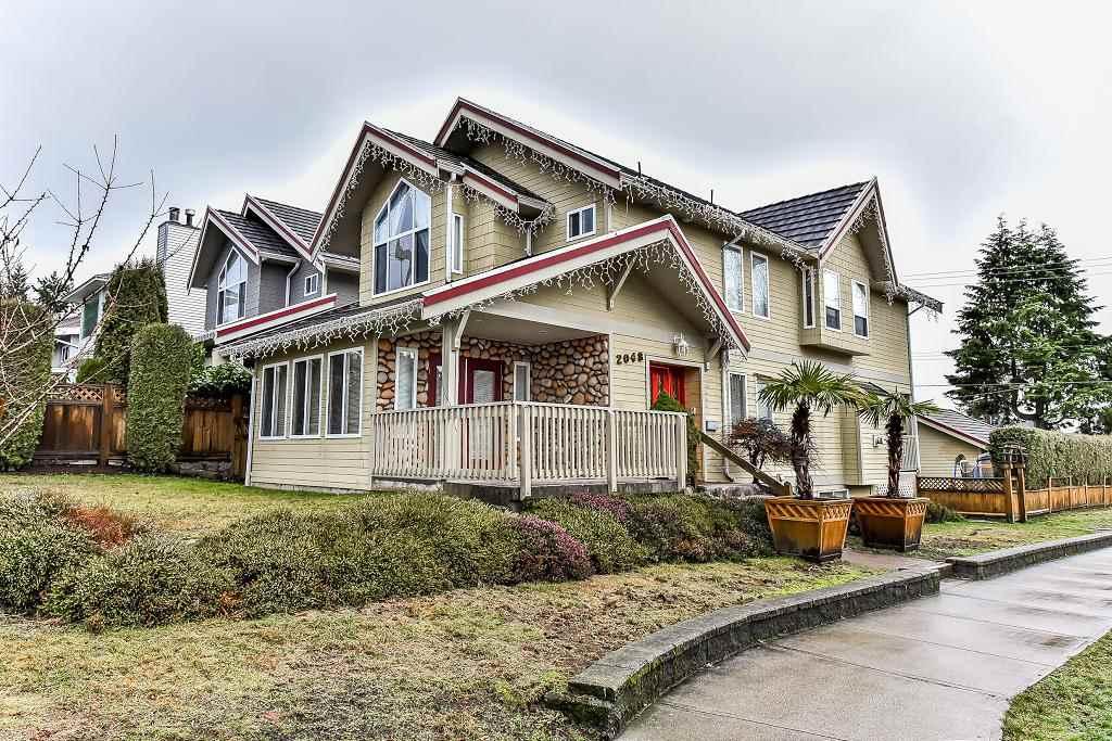 2048 ST. GEORGES AVENUE, North Vancouver, BC, V7L 3K2 Photo 1