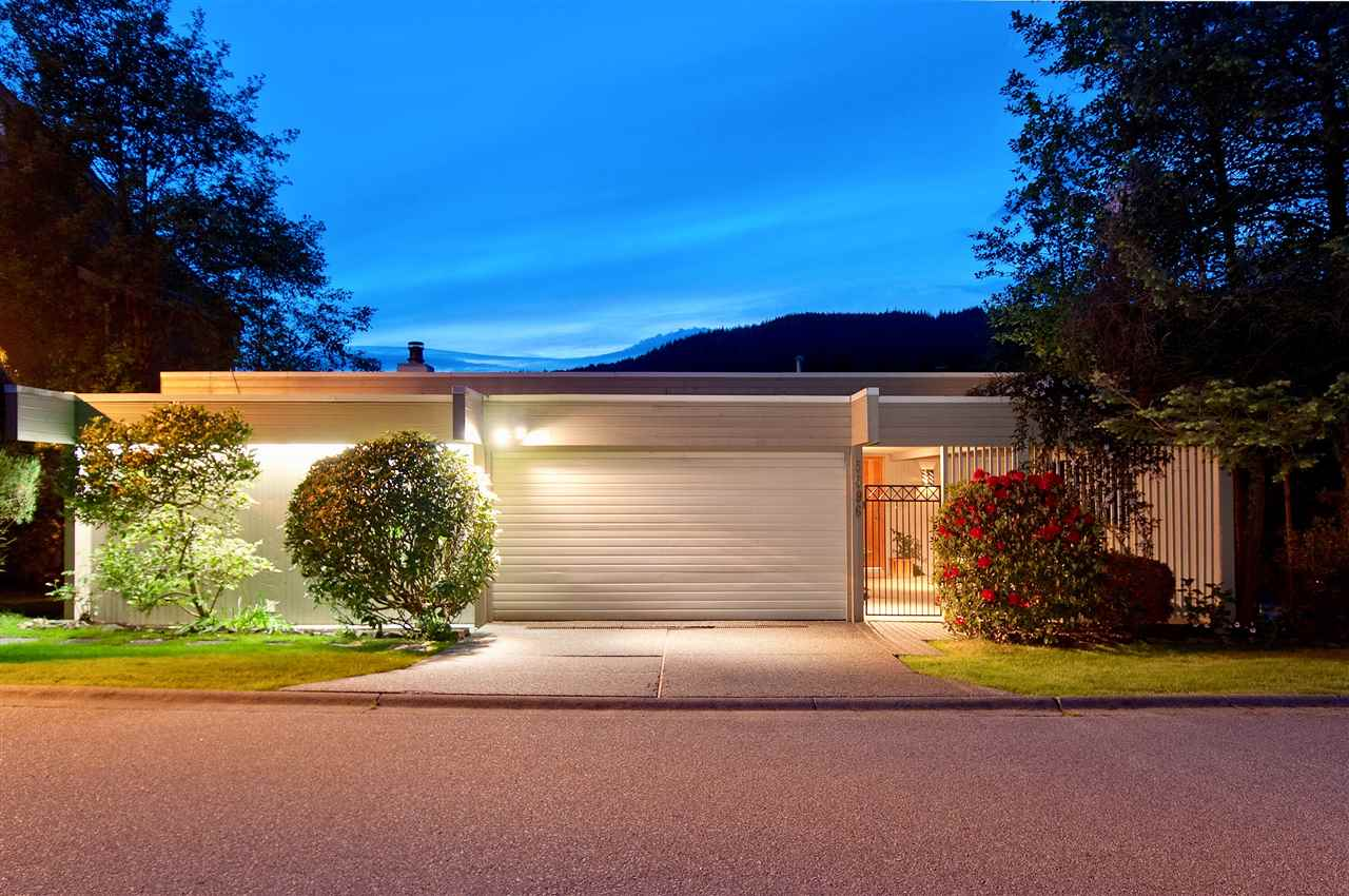 5596 WESTHAVEN ROAD, West Vancouver, BC, V7W 3E9 Photo 1