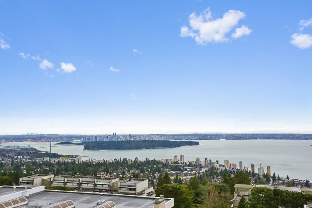 208 2274 FOLKESTONE WAY, West Vancouver, BC, V7S 2X7 Photo 1