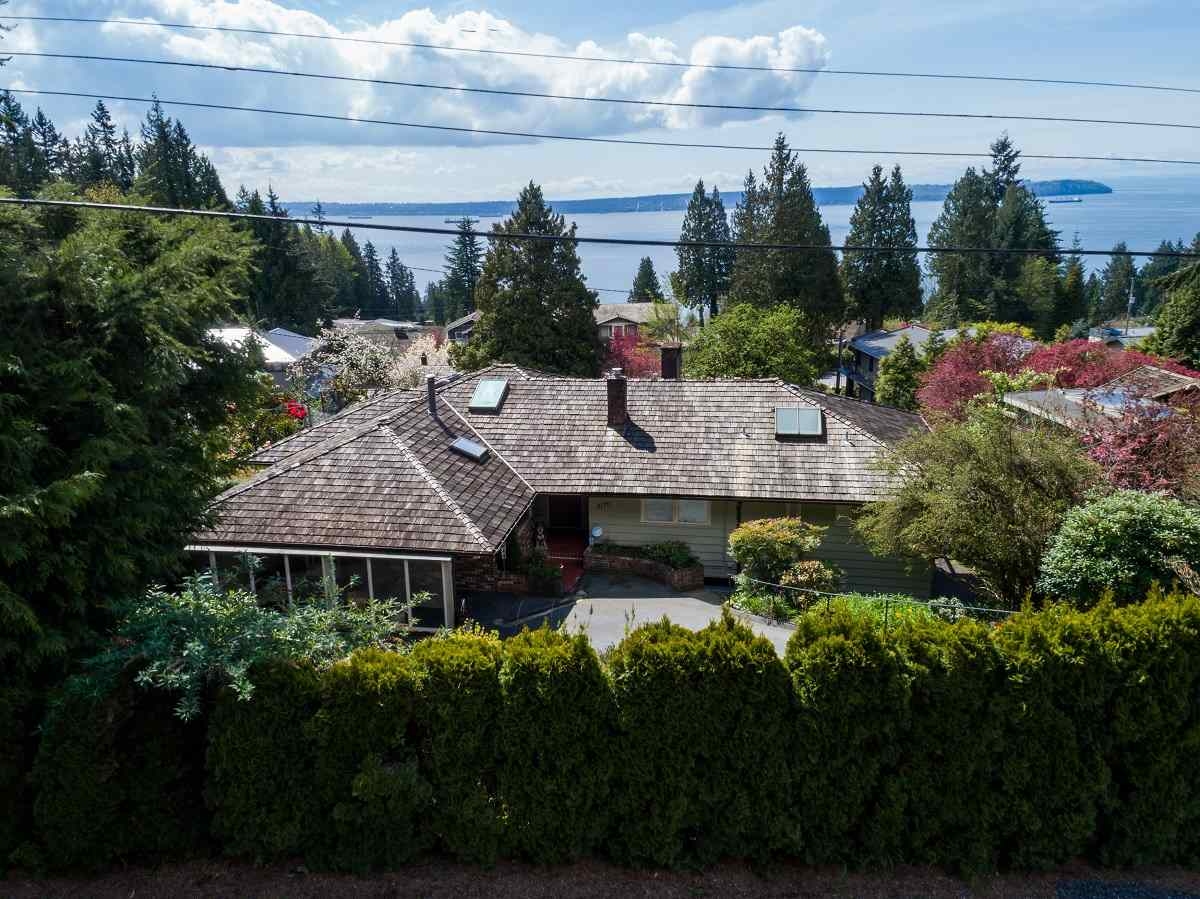 3170 BENBOW ROAD, West Vancouver, BC, V7V 3E2 Photo 1