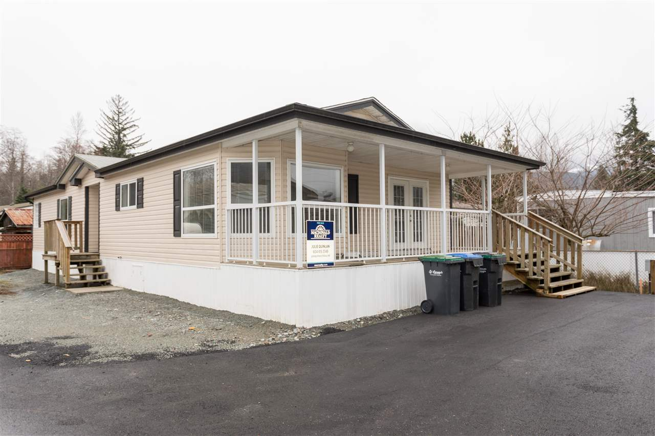 115 40157 GOVERNMENT ROAD, Squamish, BC, v0n 1t0 Primary Photo