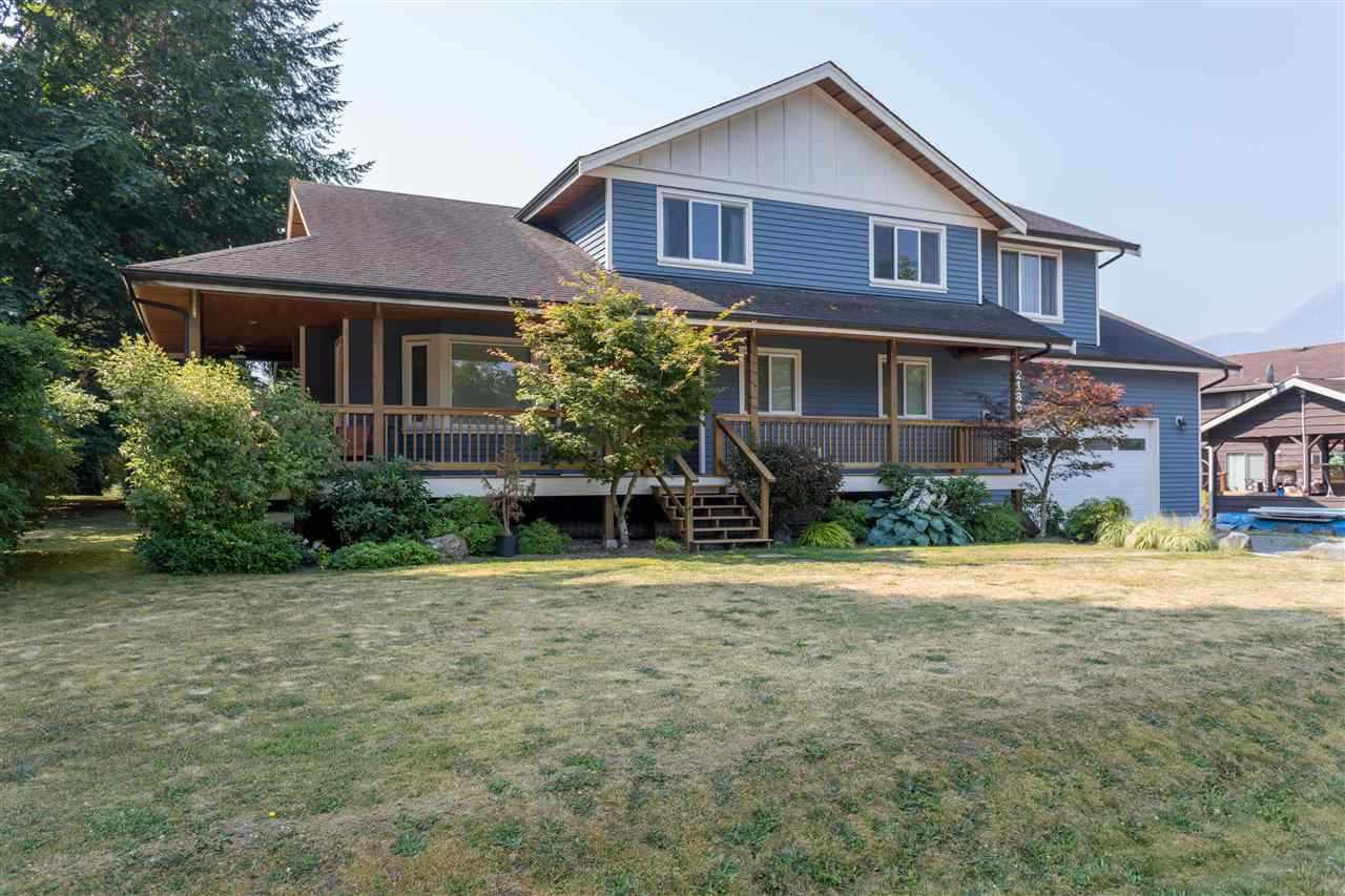 2180 READ CRESCENT, Squamish, BC, V0N 1T0 Primary Photo