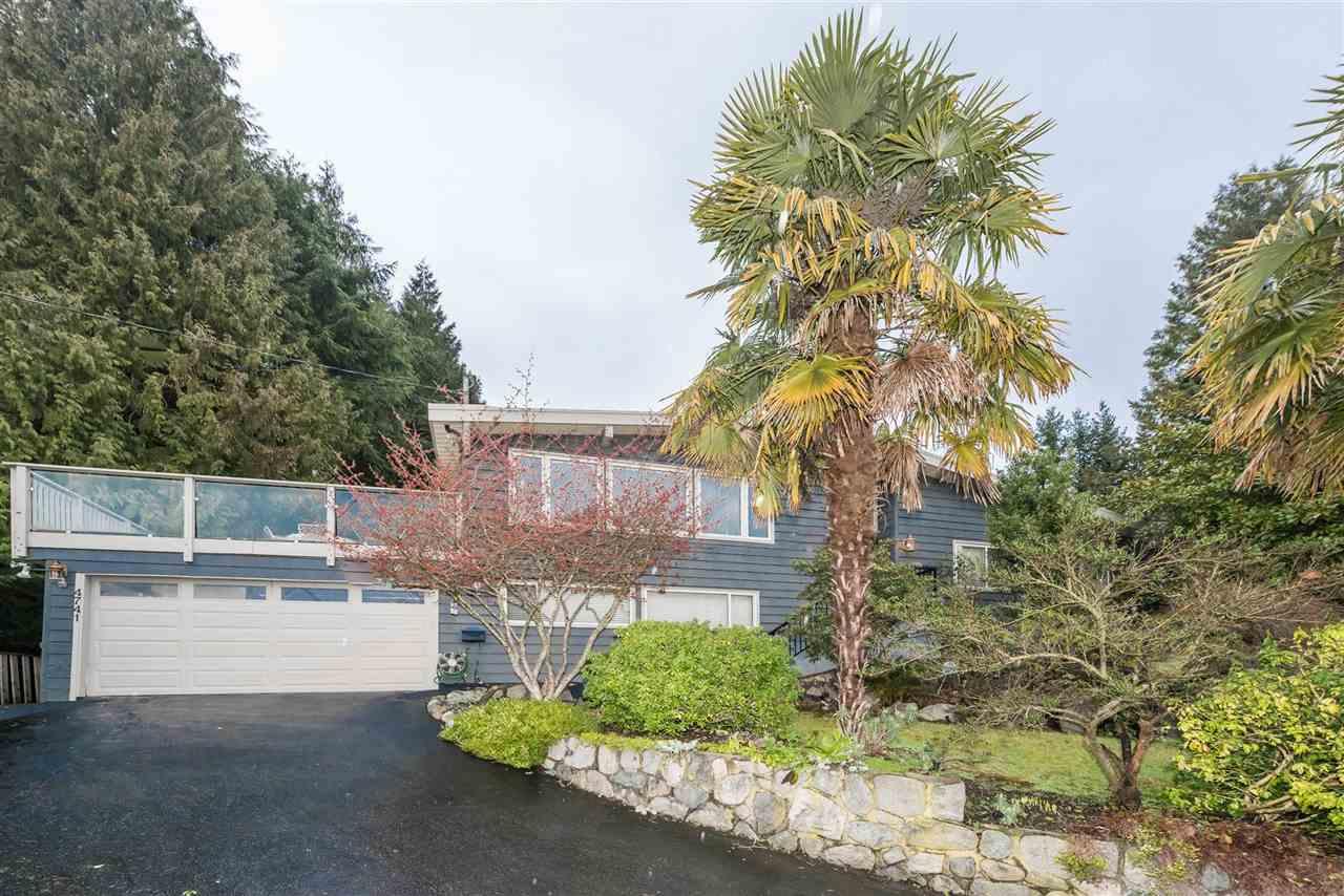4741 RUTLAND ROAD, West Vancouver, BC, V7W 1G6 Photo 1