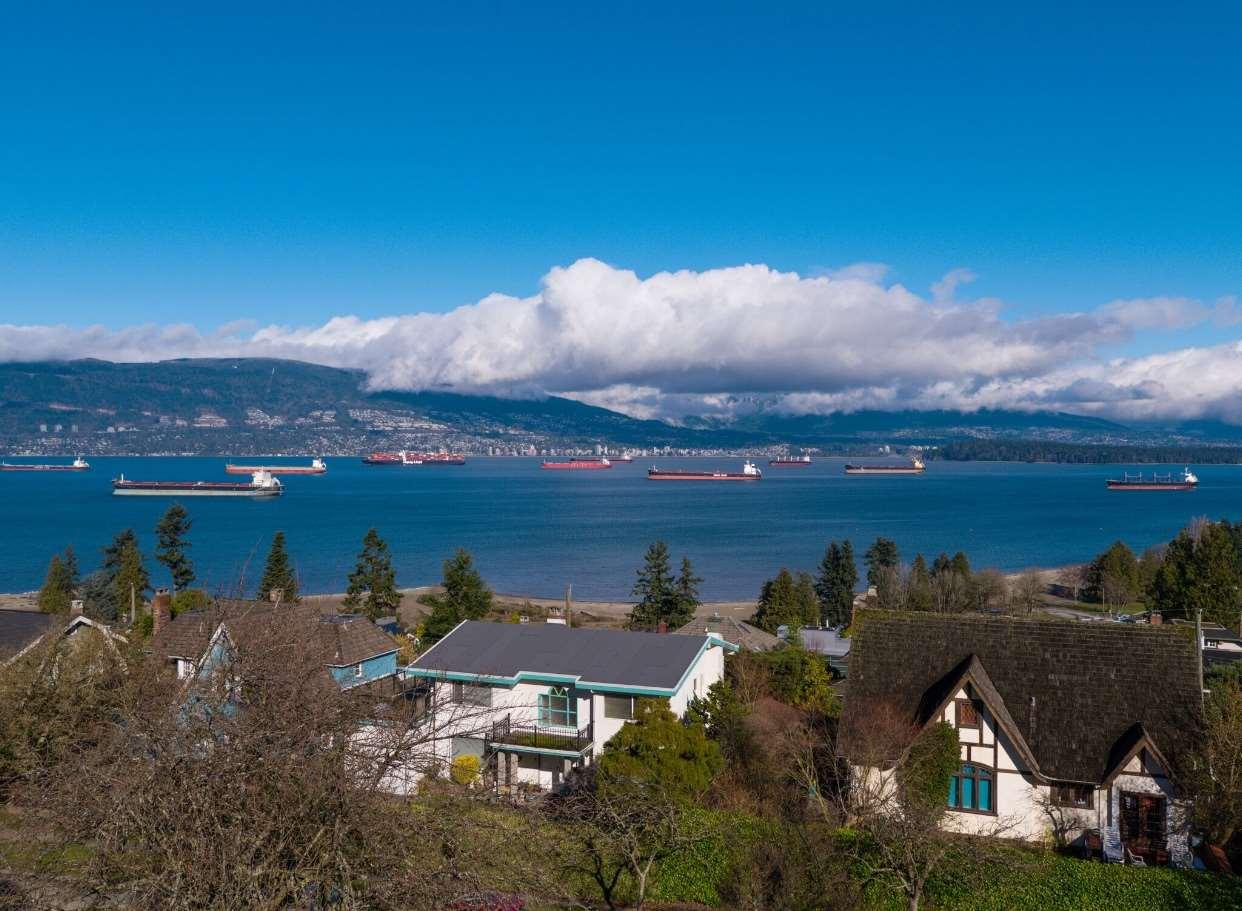 4632 BELLEVUE DRIVE, Vancouver, BC, V6R 1E6 Photo 1