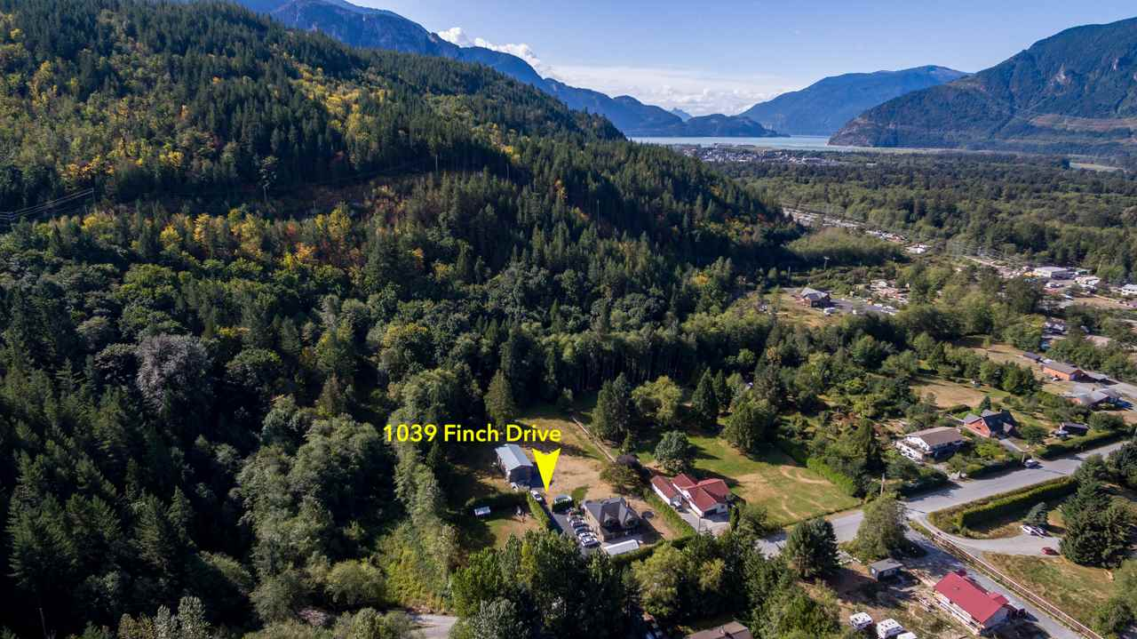 1039 FINCH DRIVE, Squamish, BC, V0N 1T0 Primary Photo