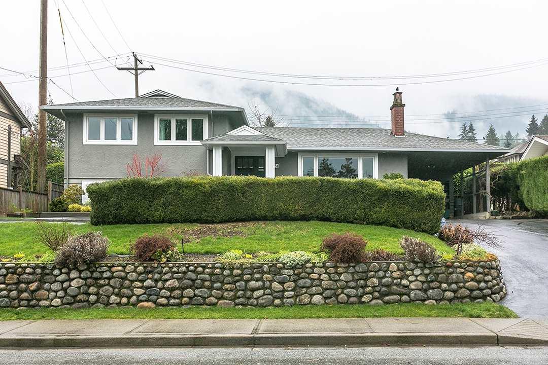 4384 HIGHLAND BOULEVARD, North Vancouver, BC, V7R 2Z9 Photo 1