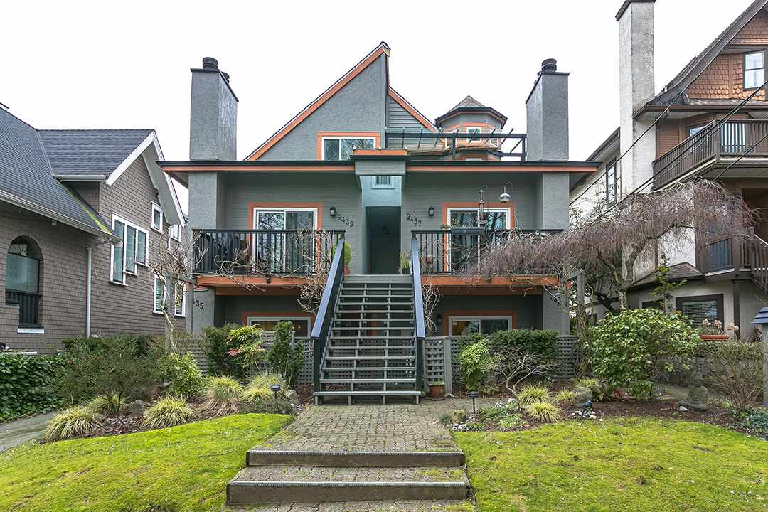 2433 W 6TH AVENUE, Vancouver, BC, V6K 1W2 Primary Photo