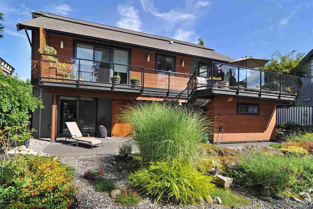4786 MEADFEILD COURT, West Vancouver, BC, V7W 2Y3 Photo 1