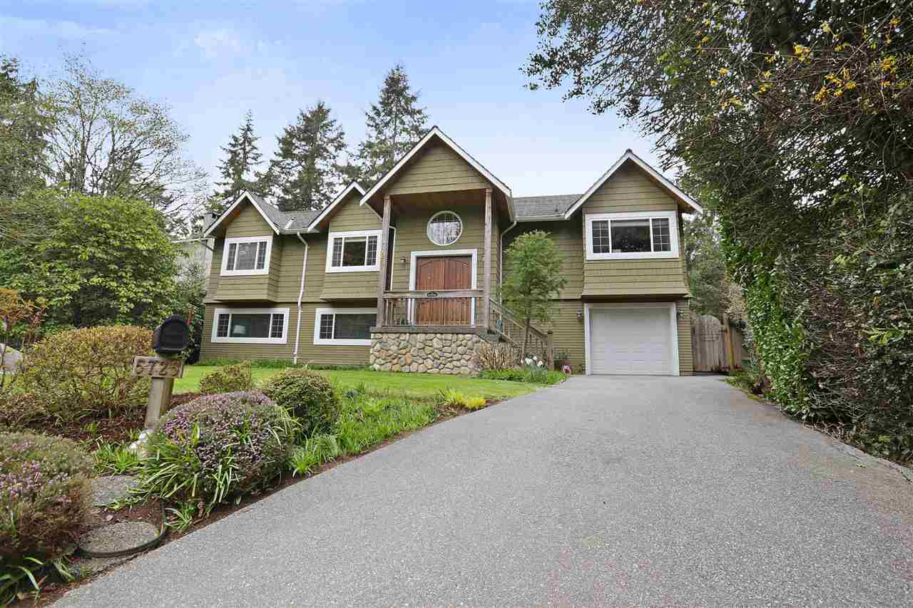 5725 BLUEBELL DRIVE, West Vancouver, BC, V7W 1T2 Photo 1