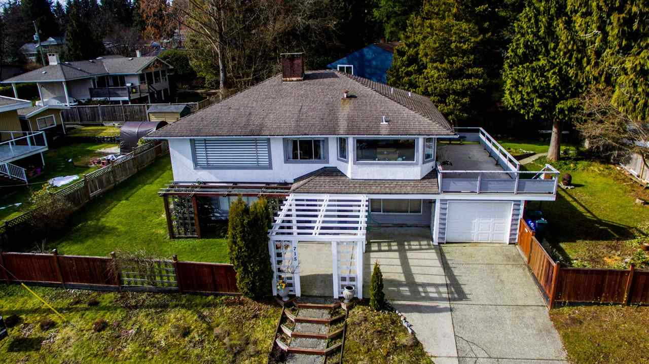 715 HUNTINGDON CRESCENT, North Vancouver, BC, V7G 1M1 Photo 1