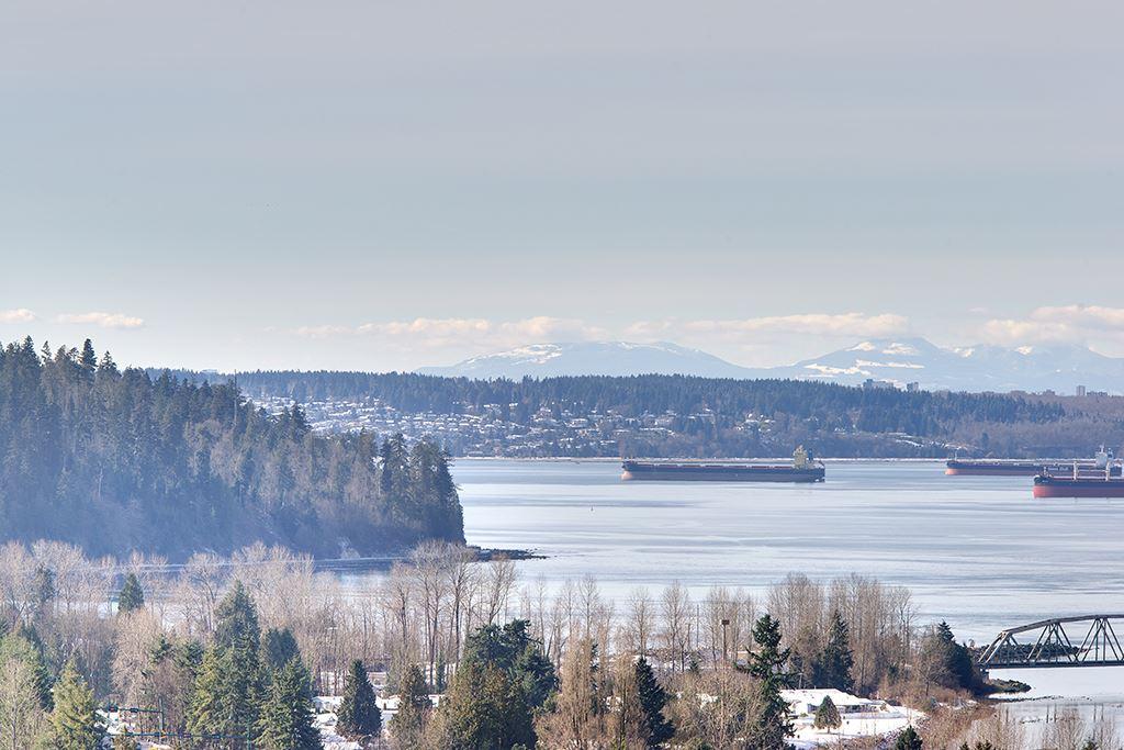 1911 2008 FULLERTON AVENUE, North Vancouver, BC, V7P 3G7 Photo 1