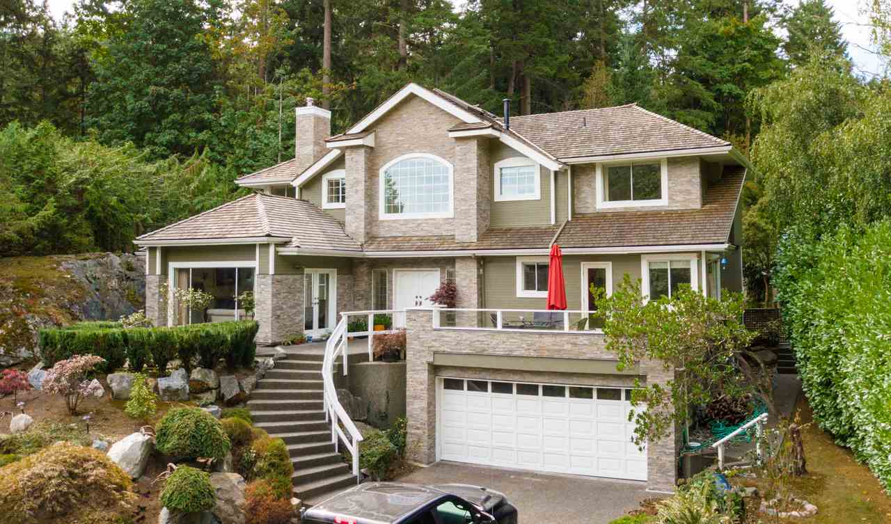 4880 THE DALE, West Vancouver, BC, V7W 1K3 Photo 1