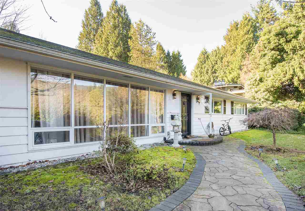 860 BURLEY DRIVE, West Vancouver, BC, V7T 1Z6 Photo 1