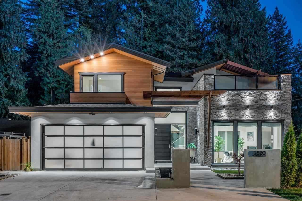 2520 LLOYD AVENUE, North Vancouver, BC, V7R 3X1 Photo 1