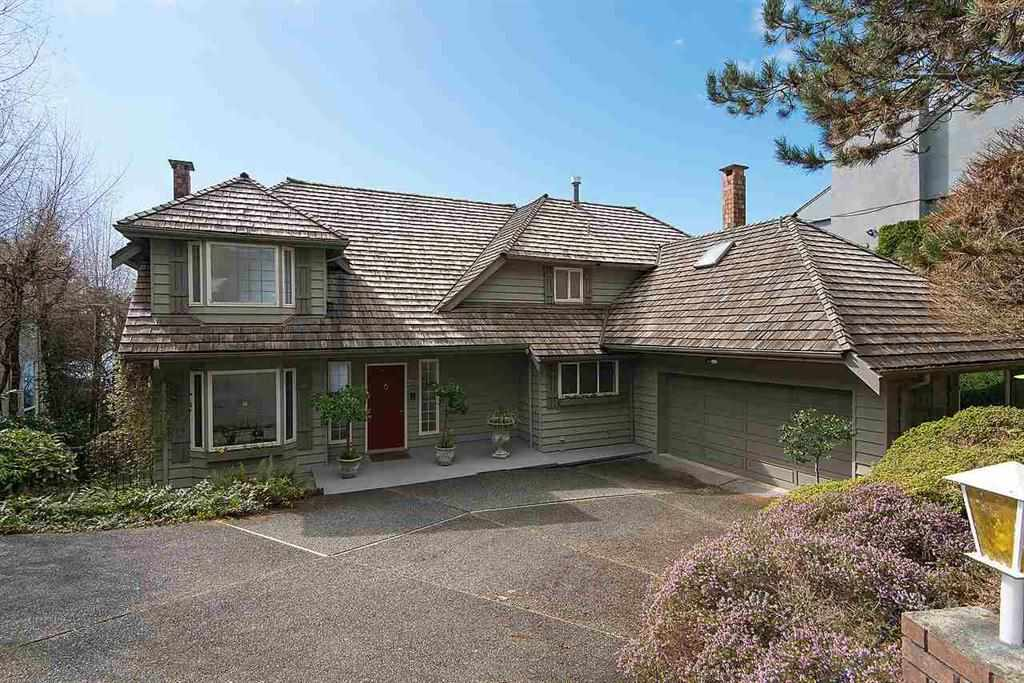 2373 WESTHILL DRIVE, West Vancouver, BC, V7S 2Z2 Photo 1