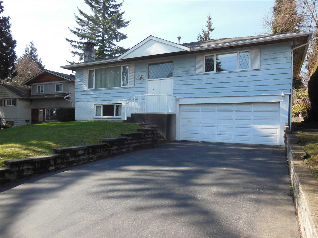 1699 MOUNTAIN HIGHWAY, North Vancouver, BC, V7J 2M6 Photo 1