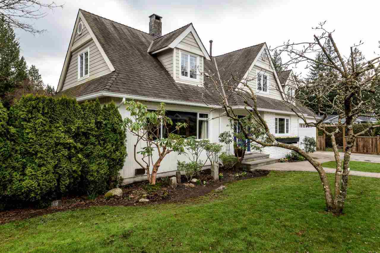2732 KILMARNOCK CRESCENT, North Vancouver, BC, V7J 2Z5 Photo 1