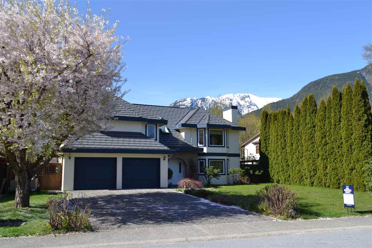 1551 EAGLE RUN DRIVE, Squamish, BC, V0N 1H0 Primary Photo