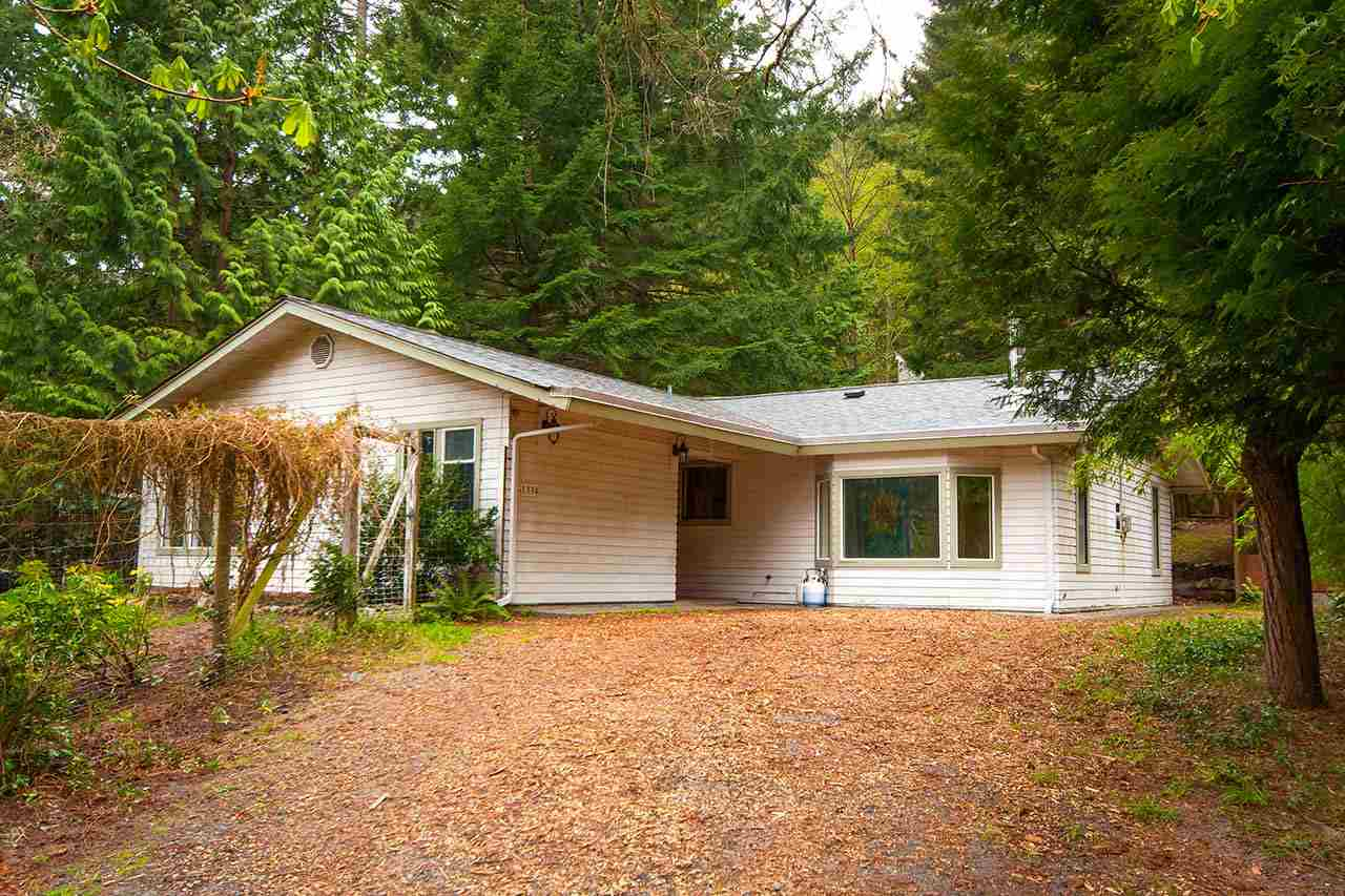 1334 EAGLECLIFF ROAD, Bowen Island, BC, V0N 1G1 Primary Photo