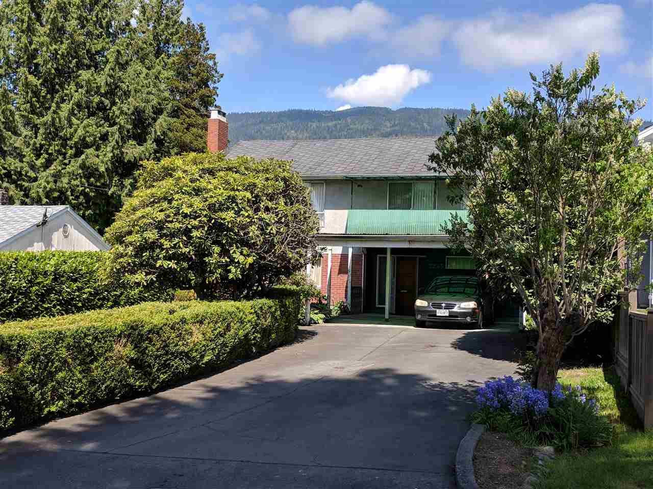 2245 GORDON AVENUE, West Vancouver, BC, V7V 1W2 Photo 1