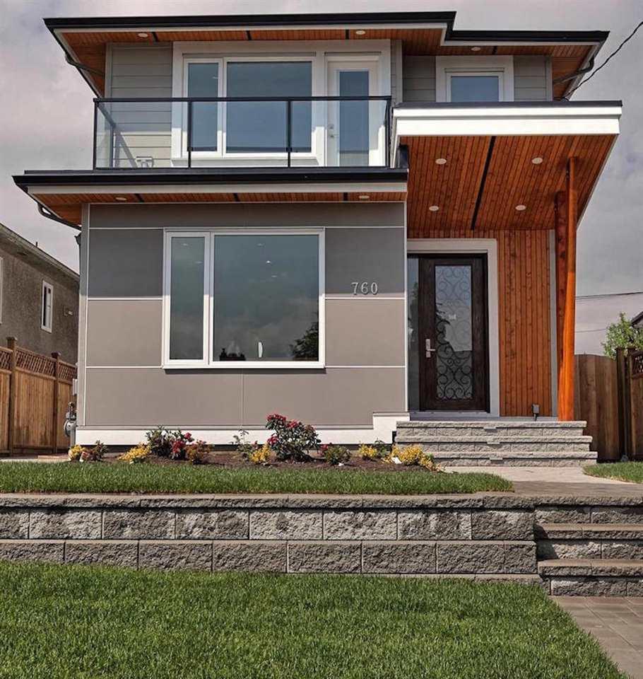 760 E 13TH STREET, North Vancouver, BC, V7L 2M7 Primary Photo