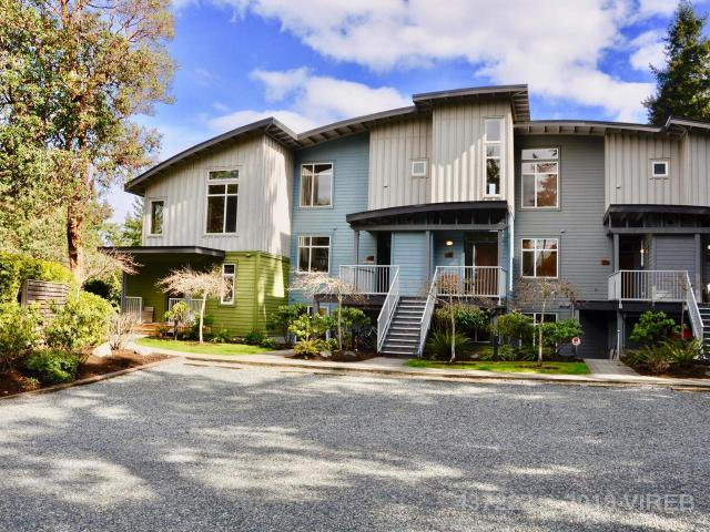 21 1059 TANGLEWOOD PLACE, Parksville Photo 1