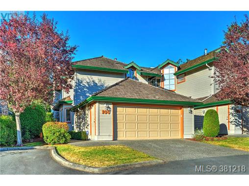 100 530 Marsett Pl, Saanich West, BC, V8Z 7J2 Photo 1