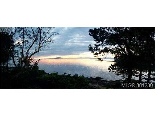 21 Malaspina Dr, Zone 10 - Islands, BC, V0R 1X0 Photo 1